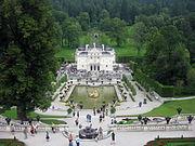 180px-Castelul_Linderhof9