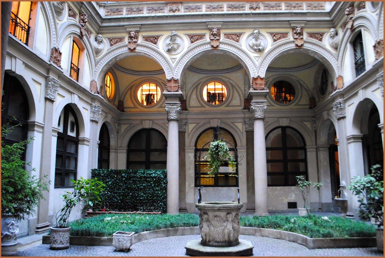 post-busti-palazzo-luraschi1